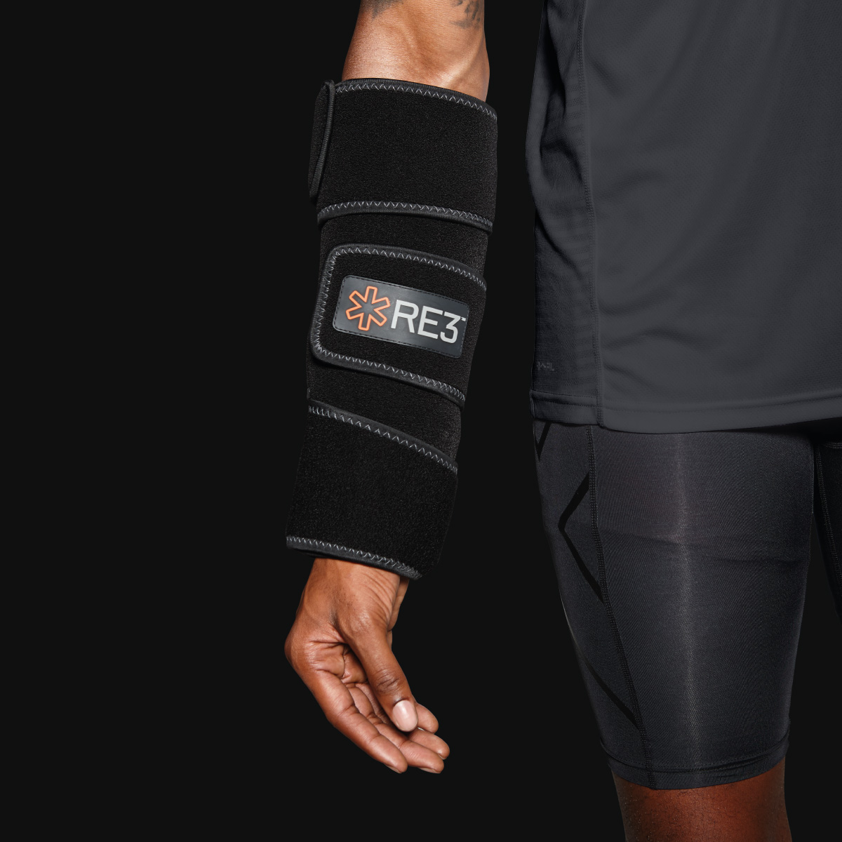 RE3 Ice Compression Pack Davidson Branding We Grow Retail Brand Identity Product Imagery Arm Brace